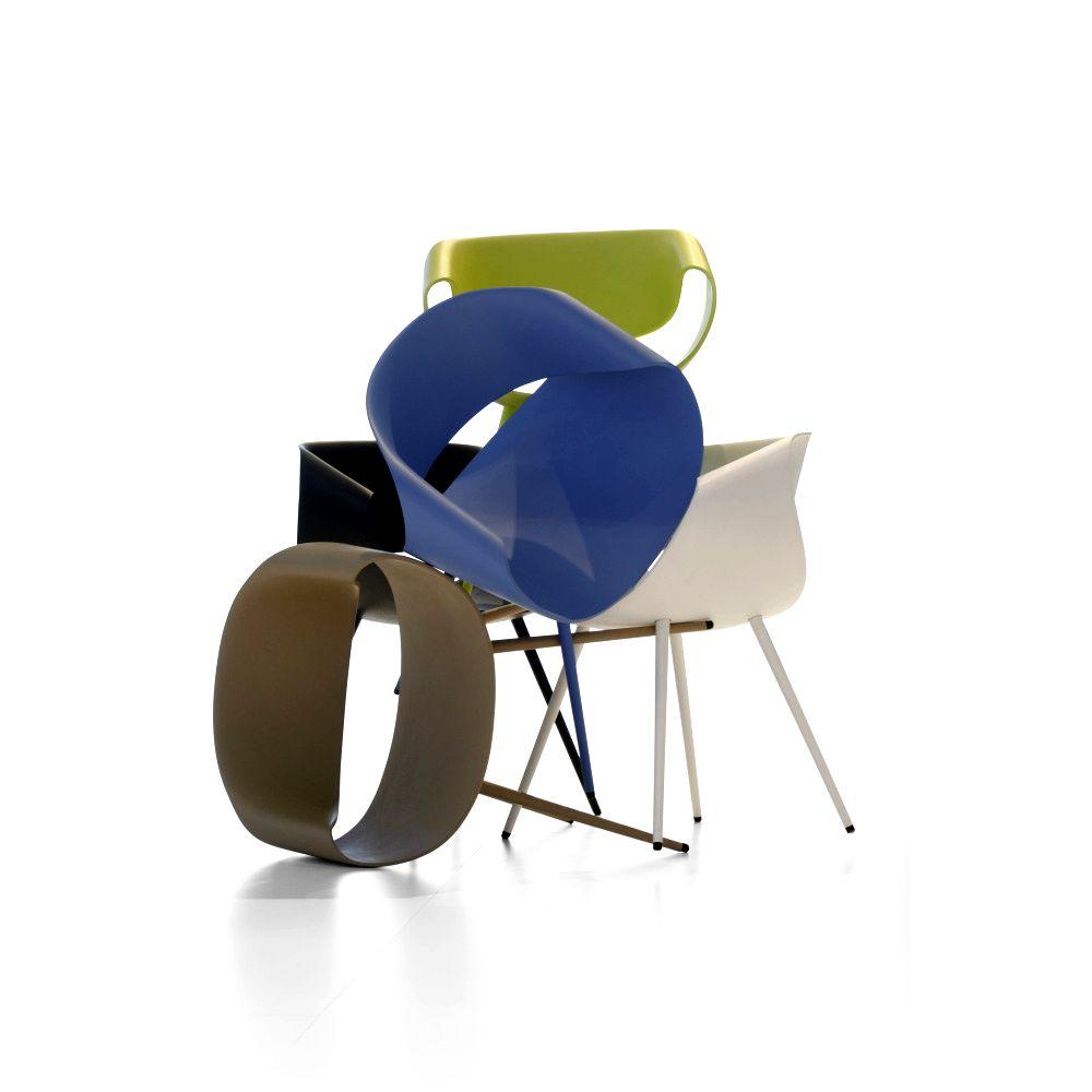 chaise design couleur beautiful lot de chaises design glamwood with chaise design couleur. Black Bedroom Furniture Sets. Home Design Ideas